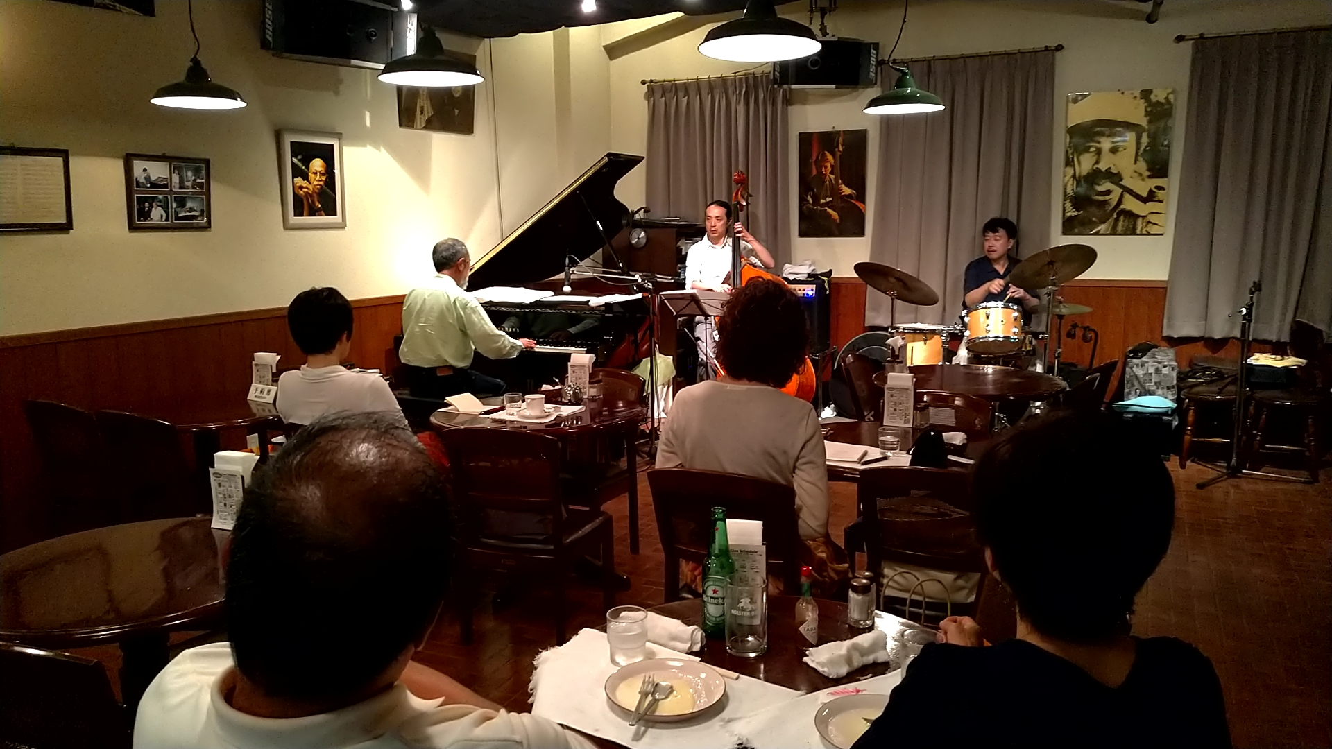 http://jazzclub-overseas.com/blog/jazz_club_overseas/20180825_212732502.jpg