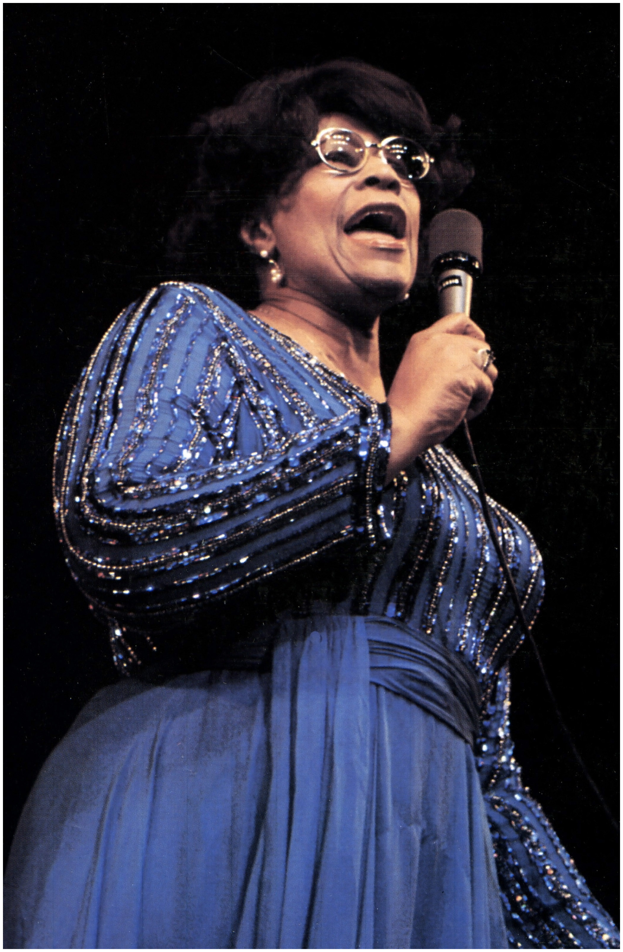 http://jazzclub-overseas.com/blog/jazz_club_overseas/australia-out-photo-of-ella-fitzgerald-performing-live-on-stage-photo-by-gab-archiveredferns-1970.jpg