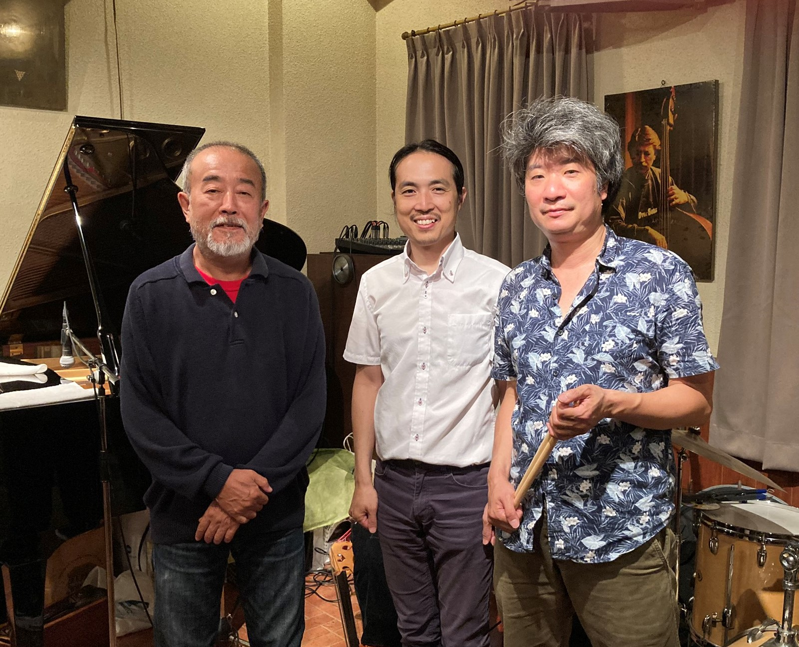 http://jazzclub-overseas.com/blog/jazz_club_overseas/okabetrioMG_0209.jpeg