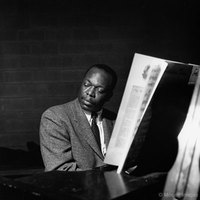 hank-jones_bluenote.jpg
